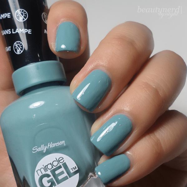 Sally Hansen Miracle Gel Swatches - Pretty Piggy & Grey